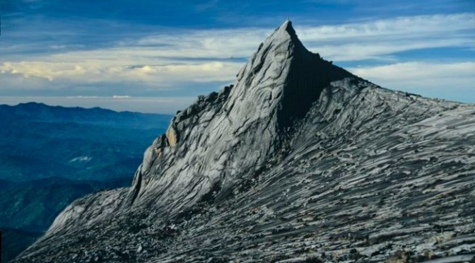 Borneo: German in Mount Kinabalu death fall