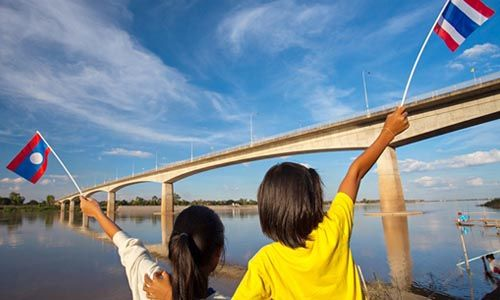 Thai-Lao Friendship Bridge celebrates 20th anniversary