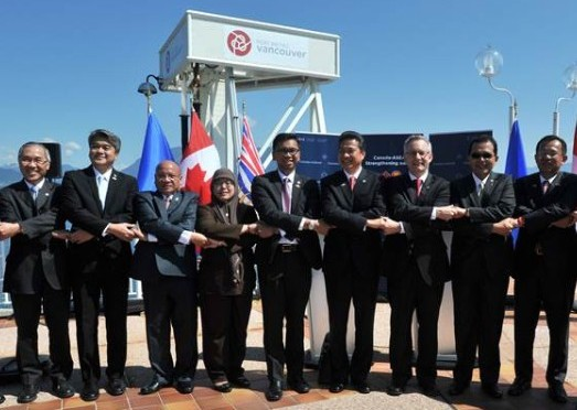 ASEAN Economic Ministers Conclude Road- show in Canada