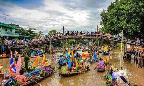 Thailand: Traditional Festival by the Riverside