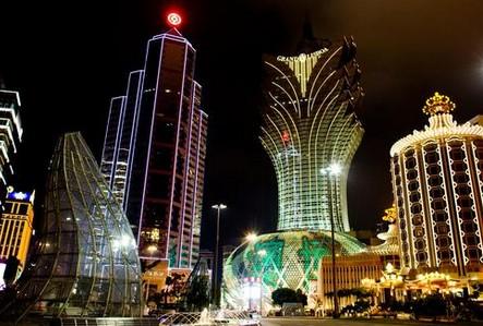 """Vegas of Asia"" offers world-class entertainment"