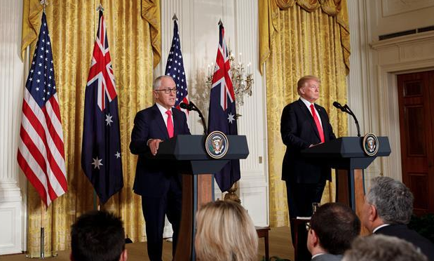 U.S., Australia pledge stronger ties on economy
