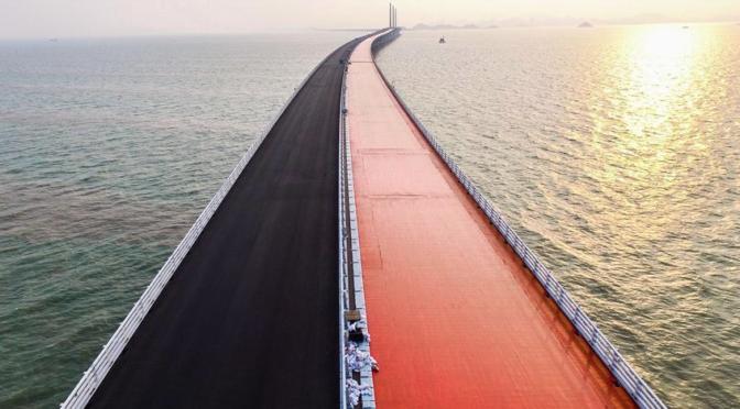 Mega-bridge linking Hong Kong to mainland opened
