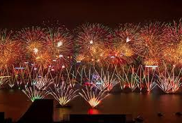 Hong Kong welcomes New Year with big firework