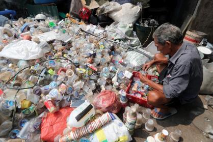 Plastic pollution plagues Southeast Asia