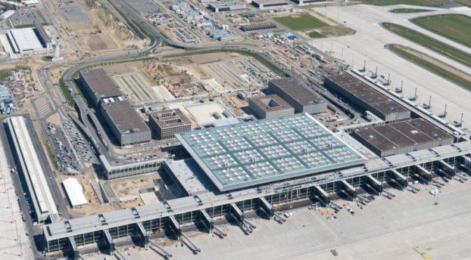 BER / Berlin Brandenburg Airport starts operations
