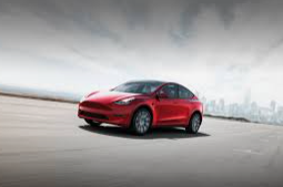 Tesla delivering new model Y to Chinese customers